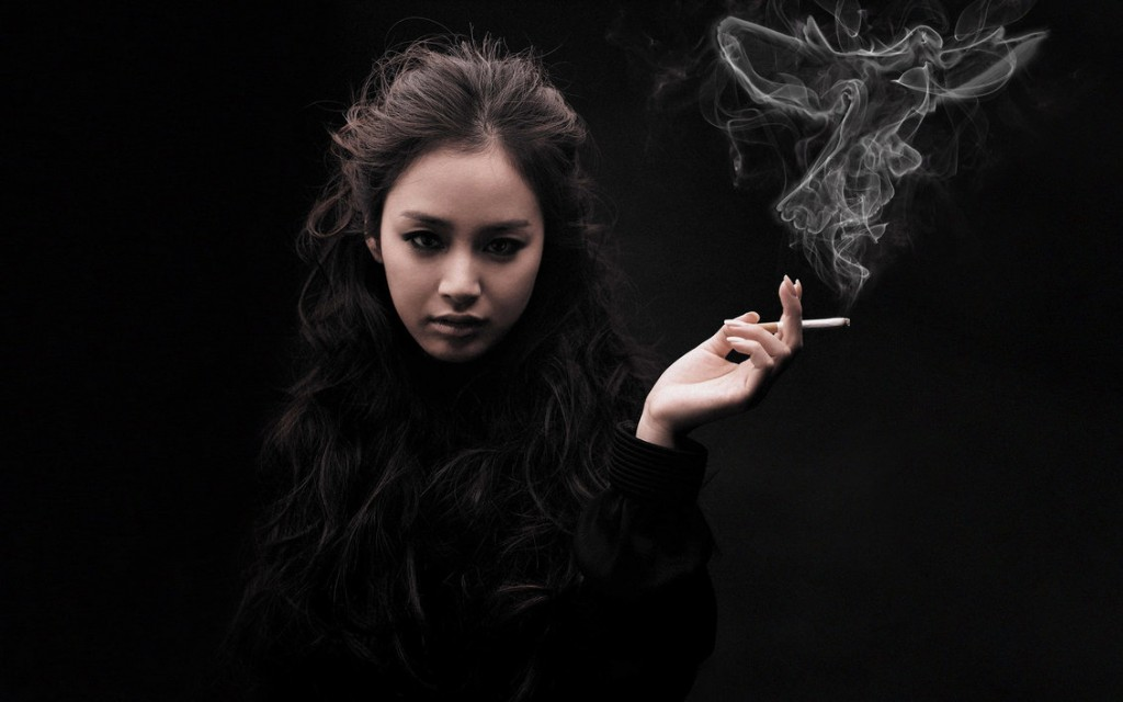 smoking girl fetish